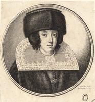 Woman with fur cap and flat raised top